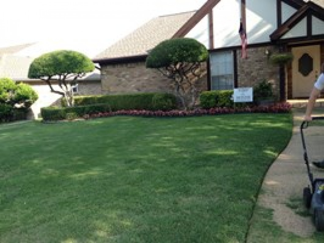 Take Pride in Your Lawn Mowing Company – Texas Pride
